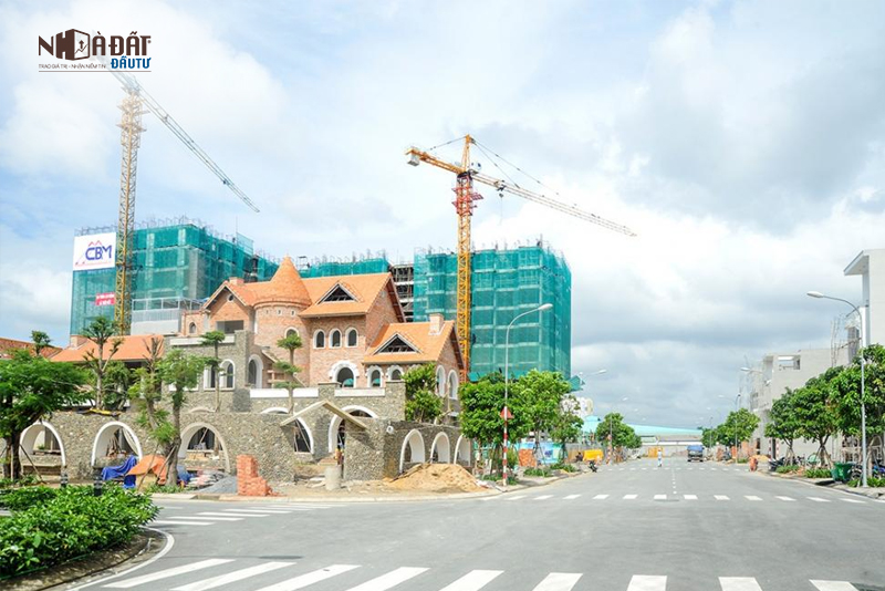 Giá nhà mặt phố quận Thủ Đức cao nhất 120-180 triệu/m2