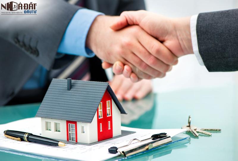Kinh nghiệm mua nhà thông qua môi giới